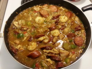Pot-of-new-orleans-creole-gumbo